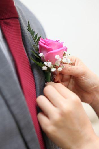 Corsage Flower Human Hand Hand Flowering Plant Human Body Part Holding Plant Celebration Bouquet Flower Arrangement Event Well-dressed People Corsage