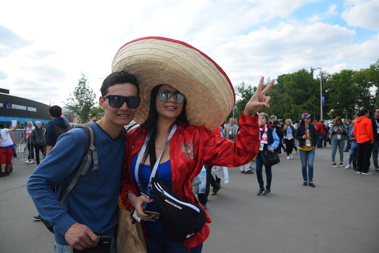 Contact me : roman@alyabev.com Fifa Football Moscow Casual Clothing Clothing Day Fan Fans Fifa18 Fifa2018 Front View Group Of People Incidental People Leisure Activity Lifestyles Looking At Camera Men Outdoors People Portrait Real People Sky Standing Street Women Young Adult Young Women