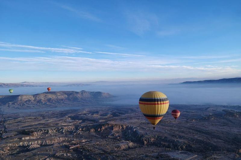 The Great Outdoors - 2016 EyeEm Awards Hot Air Balloons Travelling Travelling Photography Kapadokya Cappadocia Turkey