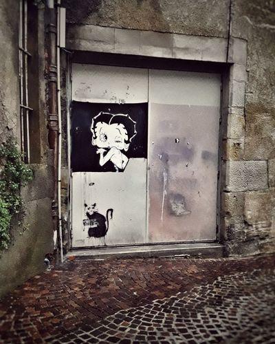 Graffiti Graffiti Art France BettyBoop Streetphotography Street Streetart Human Representation No People Day