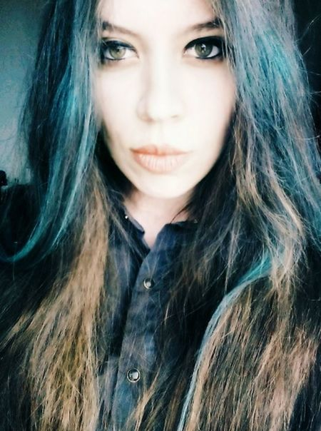 Blue Hair Beautiful Girl Stella ❤ Lips <3 Taking Photos Hello World Hazel Eyes