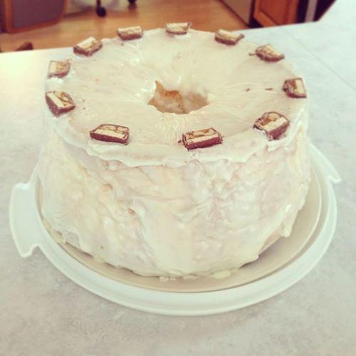Bitcheslovecake Love Angelfood :)))) Birthdaycake