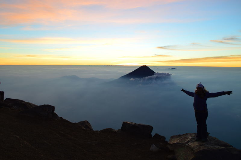 Amazing View Guatemala Acatenango Arms Outstretched Beauty In Nature Freedoom  Nature One Person Rock - Object Scenics Sea Of Cloud Silhouette Sky Standing Sunrise Tranquil Scene Tranquility Vulcano Vulcano Aqua Women