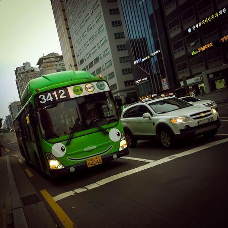What The Bus? Lumia 1020   1/55 sec   f/2.2   iso 100 Pureview Wpphoto Seoul Korea