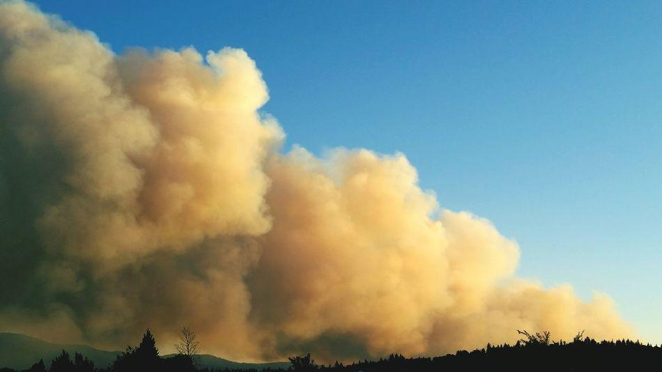 The Willard Fire Wildfires And Smoke Happening Now Wildfiresmoke Sky Lassen Volcanic National Park Northern California Fire ! Smoke Dramatic Sky Lassen County Wildfire Fireseason