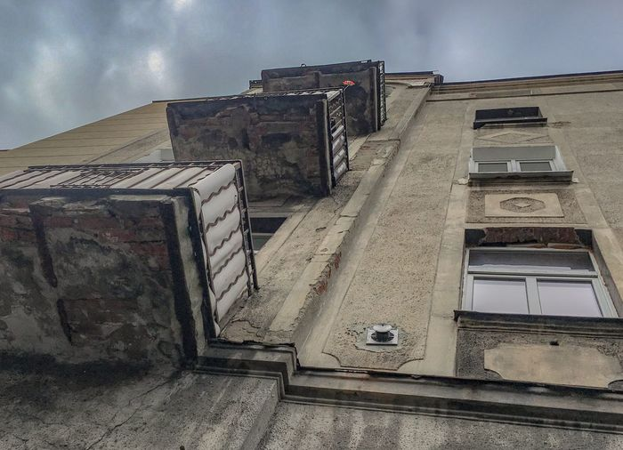 Kamienica Tenement Building Tenement Houses Elevation Balcony Windows Elewacja Okna Balkon Budynek Kamienica Arhitecture Built Structure Sky Building Exterior Low Angle View Cloud - Sky No People Day Outdoors