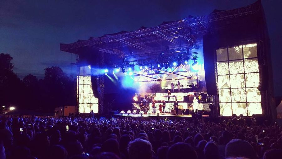 Castle Beat Festival Night Crowd Music Event Felix Jaehn Lost Frequencies Cro Germany Party Summer Photography Samsung Galaxy A5 2016 Concert Fun Nightlife