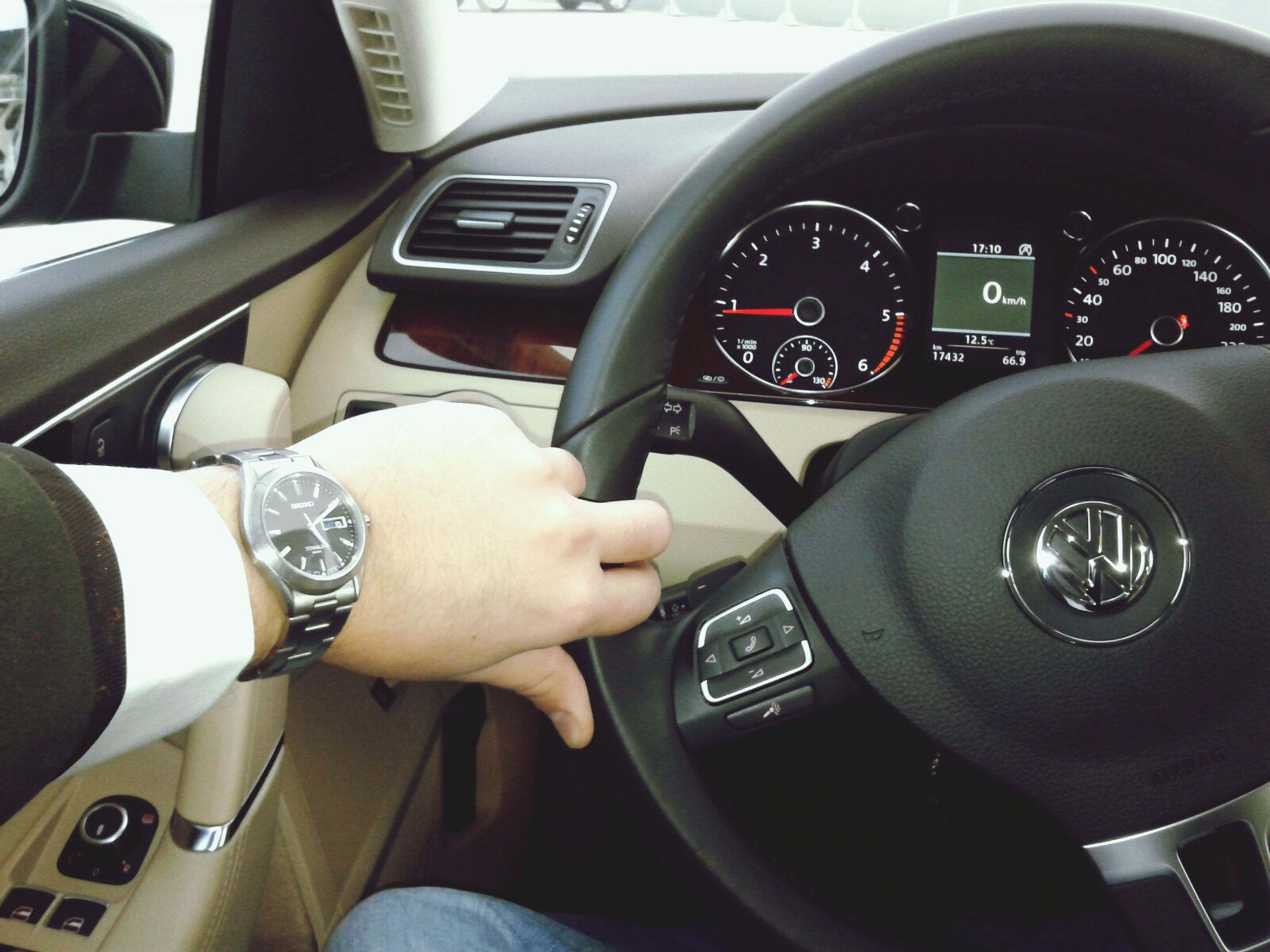 transportation, mode of transport, car, land vehicle, vehicle interior, car interior, part of, travel, steering wheel, technology, dashboard, cropped, person, driving, windshield, photography themes, close-up, journey