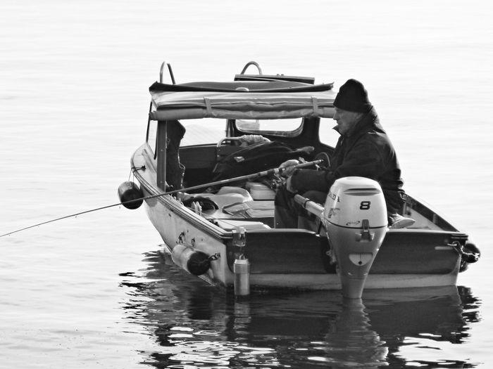 SILENCE • PEACE Silence Peace Lakeofzurich Fisherman People Urban Life Enjoying Life Blackandwhite Blakandwhite