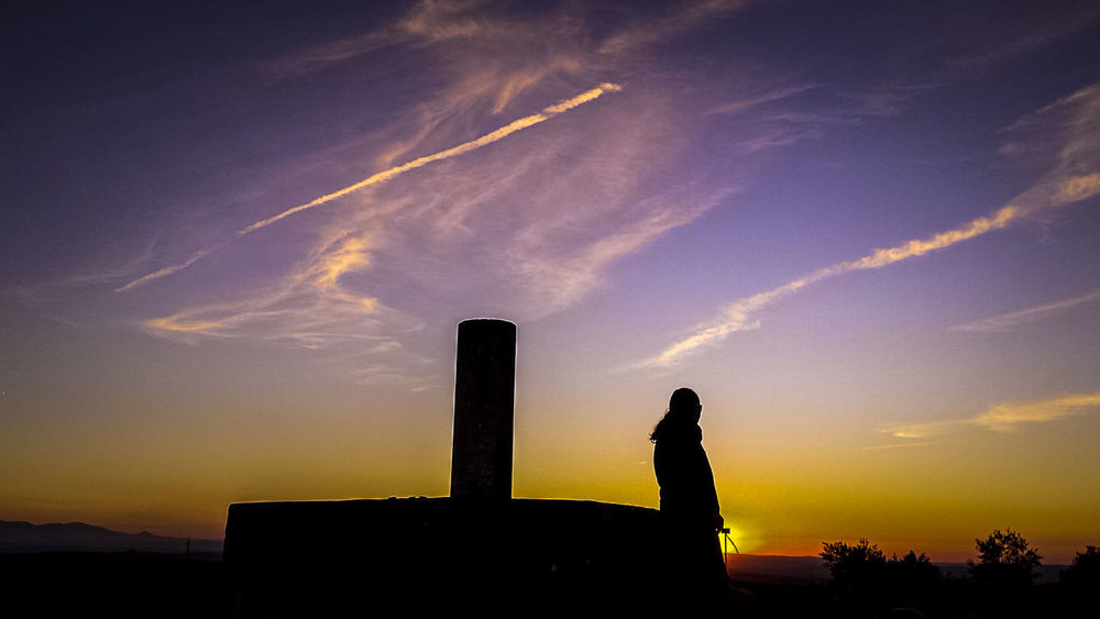 Beauty In Nature Cloud - Sky Day Lifestyles Nature One Person Outdoors People Real People Silhouette Sky Sunset Vértice Geodésico