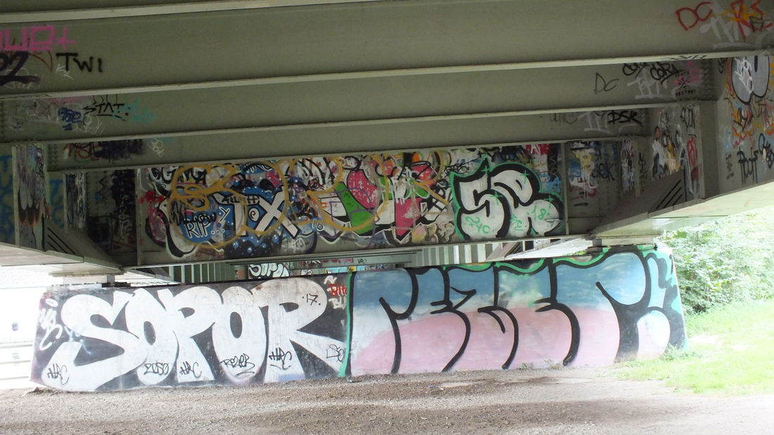 Art And Craft Creativity Day Graffiti Multi Colored Mural No People Street Art Text Wall Wall - Building Feature