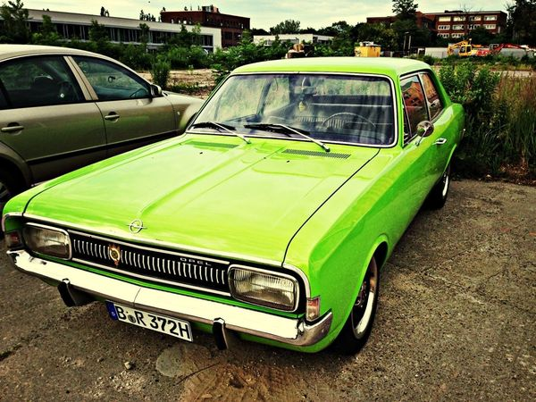 Well fancy that. Nothing like a Neon Green Opel to make your day! Opel 1970s Green Classic Car
