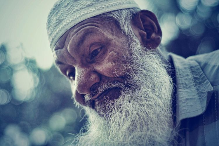 Life is so hard to lead without family. . Portrait Close-up Oldman Beard Human Face Human Skin Begging For Money Sick Life