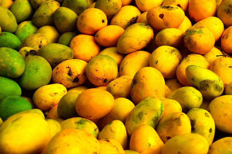 Backgrounds Day EyeEm Gallery Food Food And Drink Freshness Fruit Full Frame Green Color Healthy Eating Large Group Of Objects Mango No People Retail  Seasonscollection Yellow