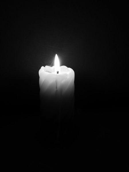 свеча огонёк