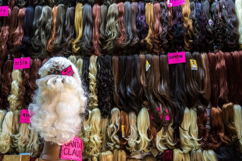 Wig Wigs Hair Santa Claus Beard Beardlife Finding New Frontiers Mexico City Zócalo Christmas Around The World Haircolor Hairstyle Christmasmarket Traveling Home For The Holidays Adapted To The City EyeEm Diversity Art Is Everywhere BYOPaper!