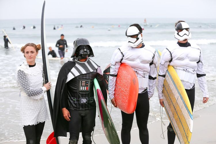 """Blackies Halloween Surf Contest Series • """"Do. Or do not. There is no try..."""" in surfing. -Yoda Halloween 2017 Halloween EyeEm Costume Party Costumes Star Wars Love Princess Leia Storm Trooper Darthvader Darth Vader Cosplayer Cosplay Star Wars Lifestyles Halloween Costume Halloween_Collection Halloween Costumes Surfers Surfboards Group Of People Portrait Outdoors Extreme Sports Surfing Sea"""