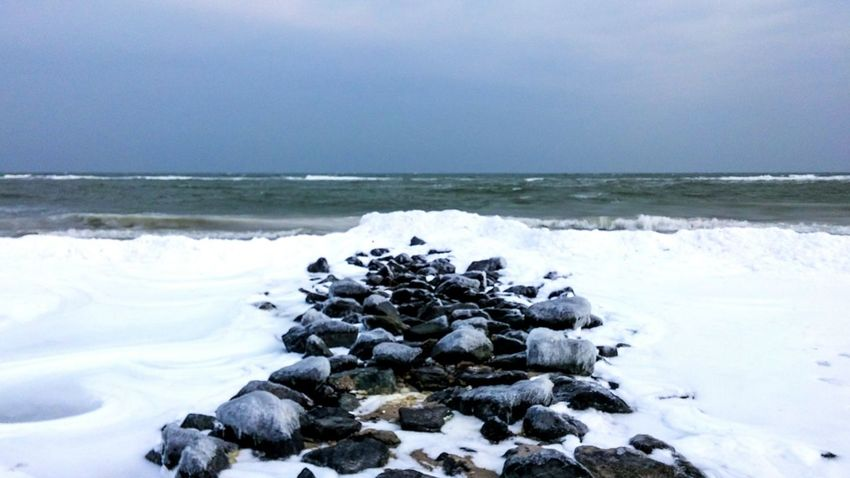 Baltic Sea Baltic Winter Sea Seascape Beach Stones Ice Cold Water Horizon Horizon Over Water Snow White Ocean
