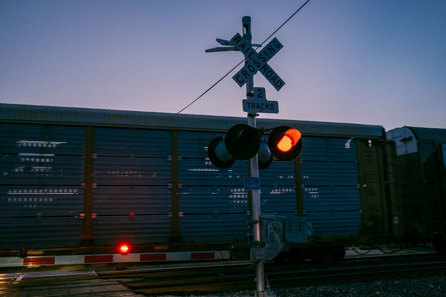 50+ Railway Crossing Sign Pictures HD | Download Authentic