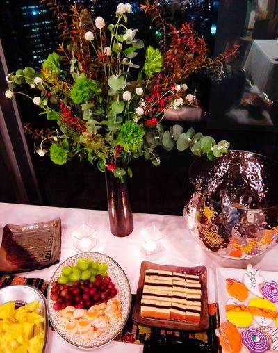 Party at night Flowrr Arrangement Party Time Party - Social Event Party Food Food And Drink Freshness Indoors  Table Plate Fruit Healthy Eating Dessert Sweet Food Indulgence Flower Cake Sweet