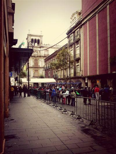 Gente llegando al Zocalo para el grito!