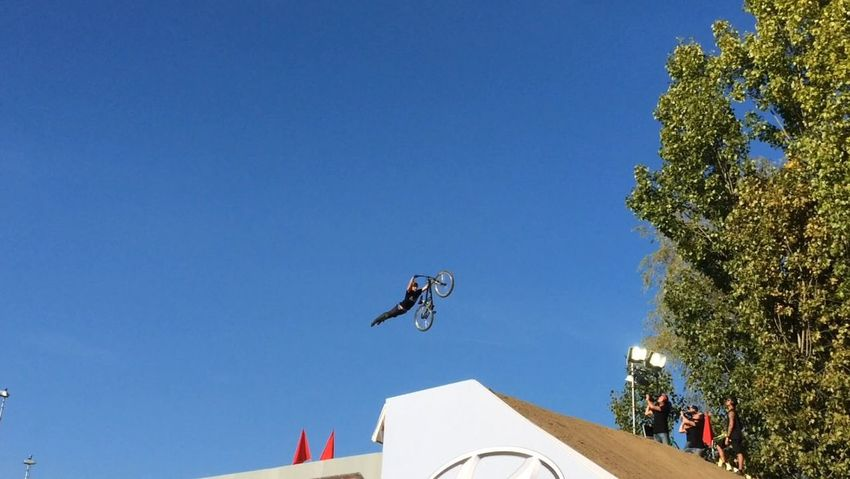 Dirtbike Superman At Freestyle.ch