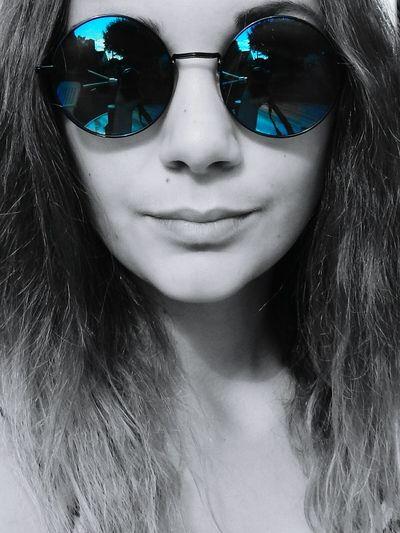 Quoi que tu fasse quoi que tu dise quoi que tu sois il y aura toujours des jaloux où que tu iras. 💥