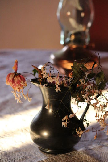 Close-up Copper Lamps Day Dried Flowers Flower Home Interior Indoors  No People Still Life Still Life Photography Table EyeEm Selects