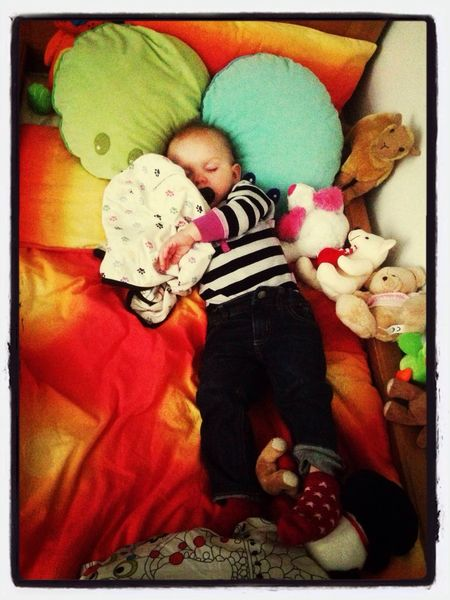 Cute Baby !!!! Baby ❤ Baby Sitting Love ♥