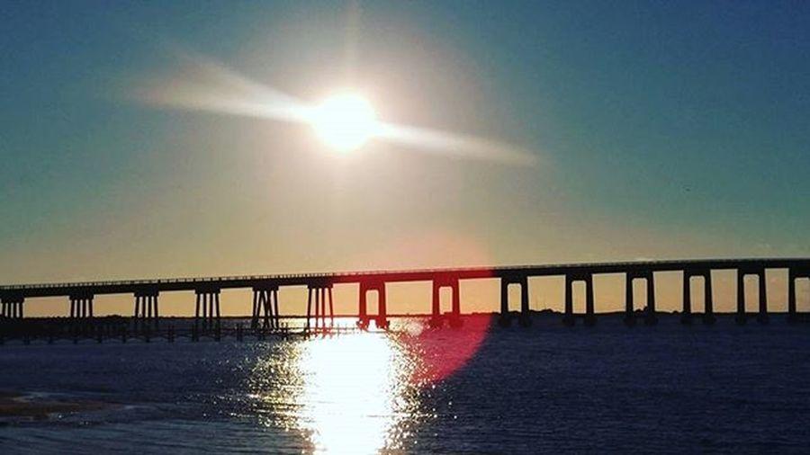 Manuelmode Sunrise Sunrays beautiful chilly morning LoveFl Emeraldcoast Emeraldcoasting NavarrebeachBridge Lgfanview LGG4 Lazerfocus @lggulf @lgusamobile @lgus @lgmobileglobal @LGUSAMobile @sharealittlesunshine @pureflorida Beachlife Reflection