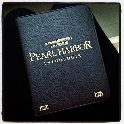 Reçu le coffret Anthologie de Pearl Harbor Joshhartnett Pearlharbor Michaelbay Guerre war dvd jerrybruckheimer benaffleck katebeckinsale
