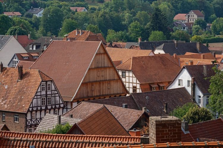 Dächer Der Stadt Architecture Brown Building Building Exterior Built Structure City Community Day High Angle View House Human Settlement Nature No People Outdoors Plant Residential District Roof Roof Tile Row House Town TOWNSCAPE Tree Warburg Altstadt