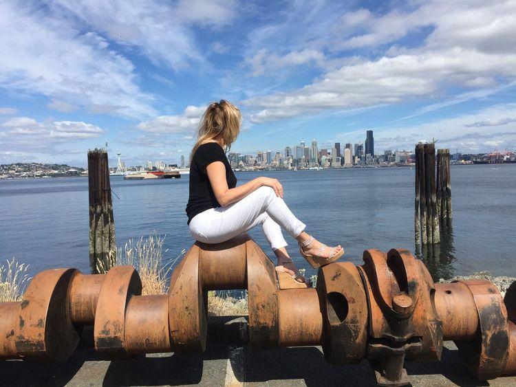 Washington State City Cityphotography City View  Girl And City Seattle Seattle, Washington Seattle View  The Portraitist - 2017 EyeEm Awards