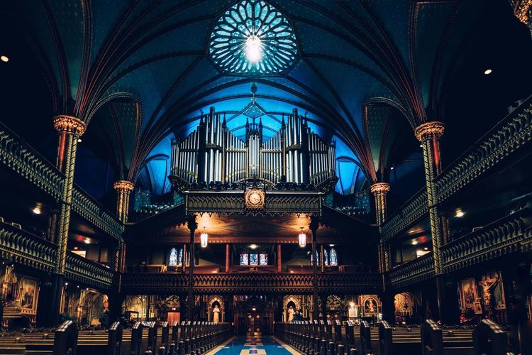 Architecture Illuminated Travel Destinations Travel Religion Built Structure Indoors  Arch Place Of Worship Church Cathedral Catholic Montréal