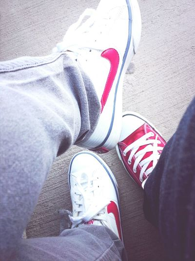 Everyone was wearing white w. red tennies today (;