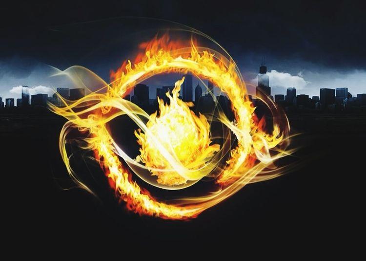No soy Abnegación no soy intrepidez soy Divergente & no puedo ser controlada La Ciudad De Los Libros