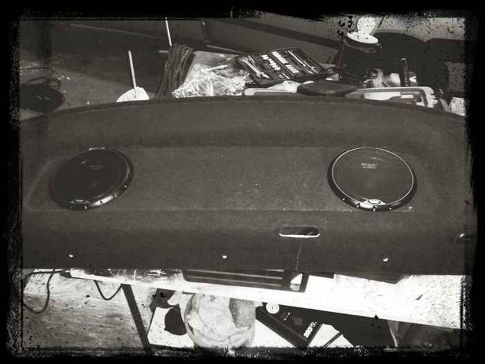 New rearspeakers 4x mac audio flat sub and tweeter / 1x mac audio stx 12 pref Relaxing Taking Photos Check This Out Cheese!