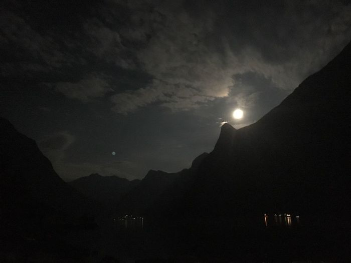 Moonlight picture from beautiful Norgandal in Norway! Mountain Silhouette Tranquil Scene Scenics Tranquility Sun Beauty In Nature Sky Nature Non-urban Scene Mountain Range Majestic Physical Geography Dark Tourism Geology Mountain Peak Back Lit Outdoors Sunbeam Moonlight Night Nightphotography Night Lights Nofilter