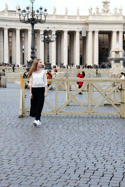 Columns Place San Pietro Vatican Hair Dress