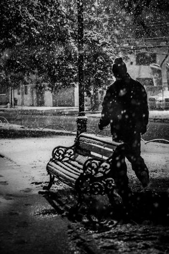 Night Snow Nightphotography Night Lights Winter Winter Wonderland Cold Temperature Alone In The City  Lonlynight Dripping Nature People Black And White Blackandwhite Photography Black & White Introspection Introspective