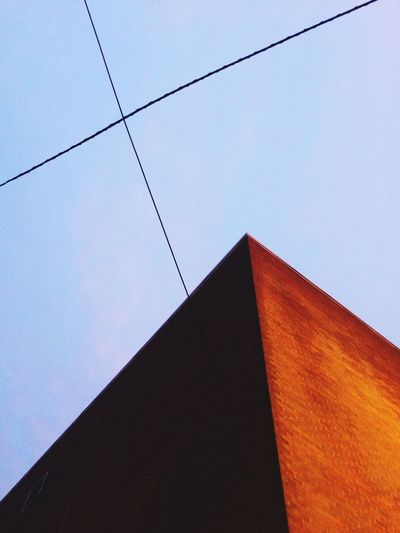 Abstract Architecture Cables Light And Shadow Bricks Angles Diagonals Sun Light Brickstones Plus