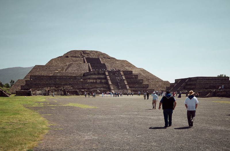Adult Ancient Ancient Civilization Archaeology Architecture Aztec Built Structure Day Group Of People History Lifestyles Men Nature Outdoors Pyramid Real People Sky The Past Tourism Travel Travel Destinations Women