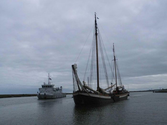 Ijsselmeer Taking Photos Ship shi Old And New Sailing Boat