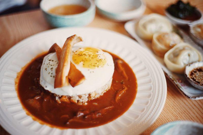 Food Porn Awards Fried Rice Egg Plate Fried Egg Korean Food Seoul Hongdea