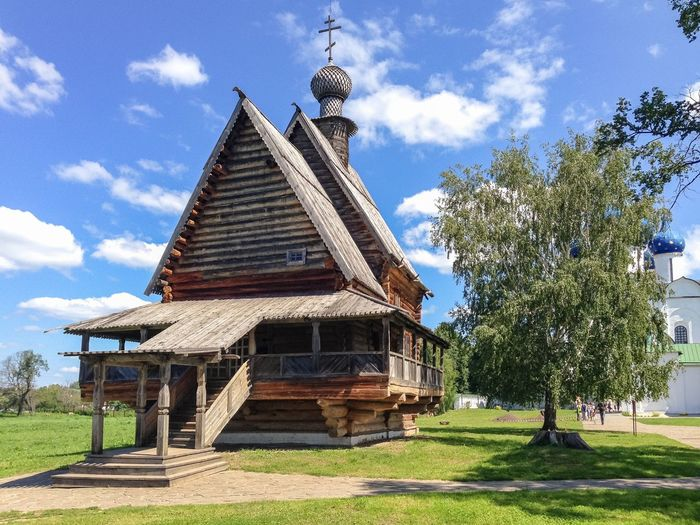 Nikolskaya church in the Suzdal Kremlin, Russia, Suzdal Russia. Suzdal Wooden Russia Suzdal Summer Kremlin Architecture Tree Sky Plant Building Exterior Cloud - Sky Building No People Day Religion Grass Place Of Worship Outdoors
