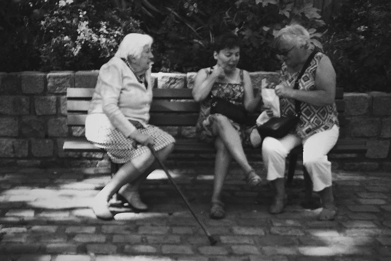 Old Ladies Trash Talking Belleville Black And White The Street Photographer - 2016 EyeEm Awards