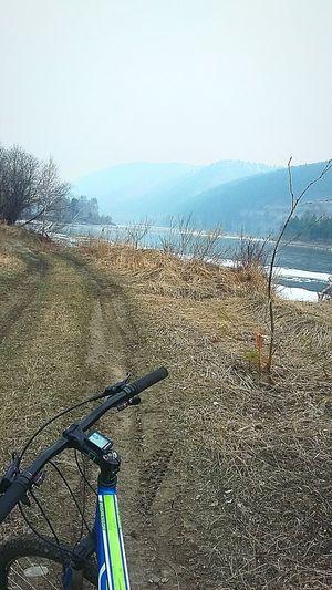 пейзажироссии Иркутская область СИБИРЬ велосипед пейзаж и природа река Иркут! Пейзаж всегда красив шаманка Весна💐🌷🌿