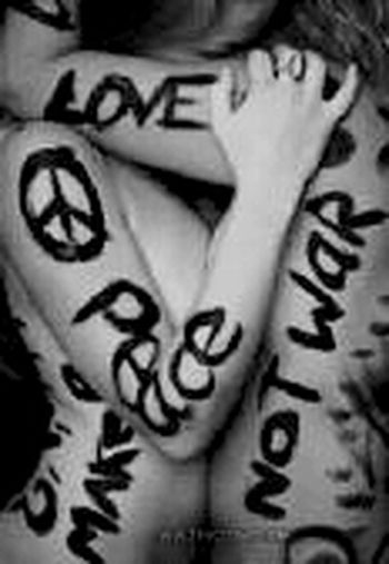 Make A Picture With Make Love Not War