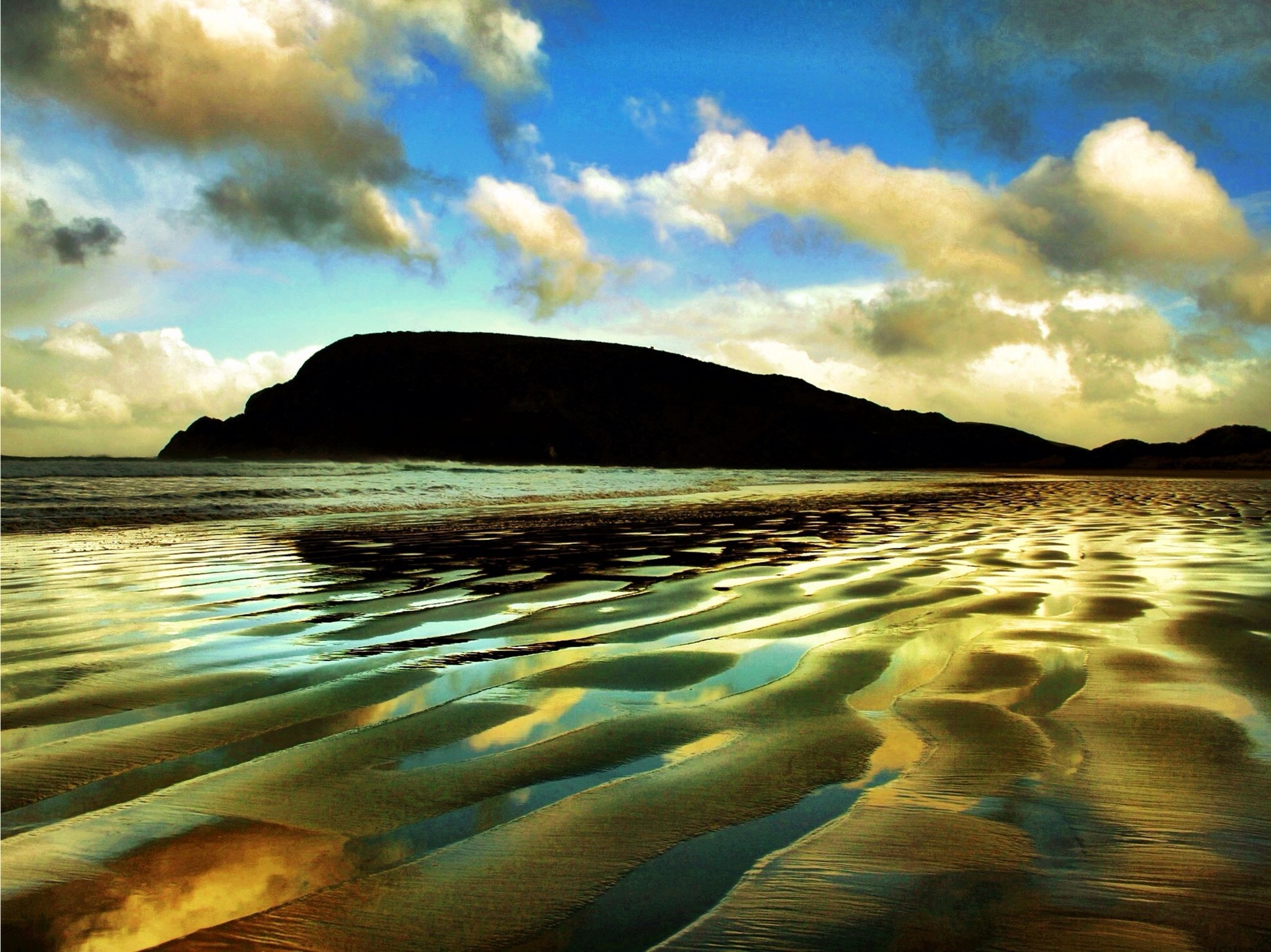 water, tranquil scene, sky, scenics, tranquility, beauty in nature, reflection, cloud - sky, sea, mountain, nature, sunset, cloud, idyllic, beach, lake, waterfront, rippled, shore, outdoors