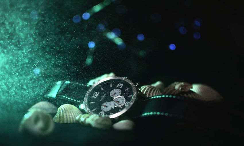 Indoors  Close-up No People Black Background UnderSea Day Fossil Fossilwatch Watch Uhr Design Studio Watersplash Splash Menswatch Shell Photography Nikon 35mm